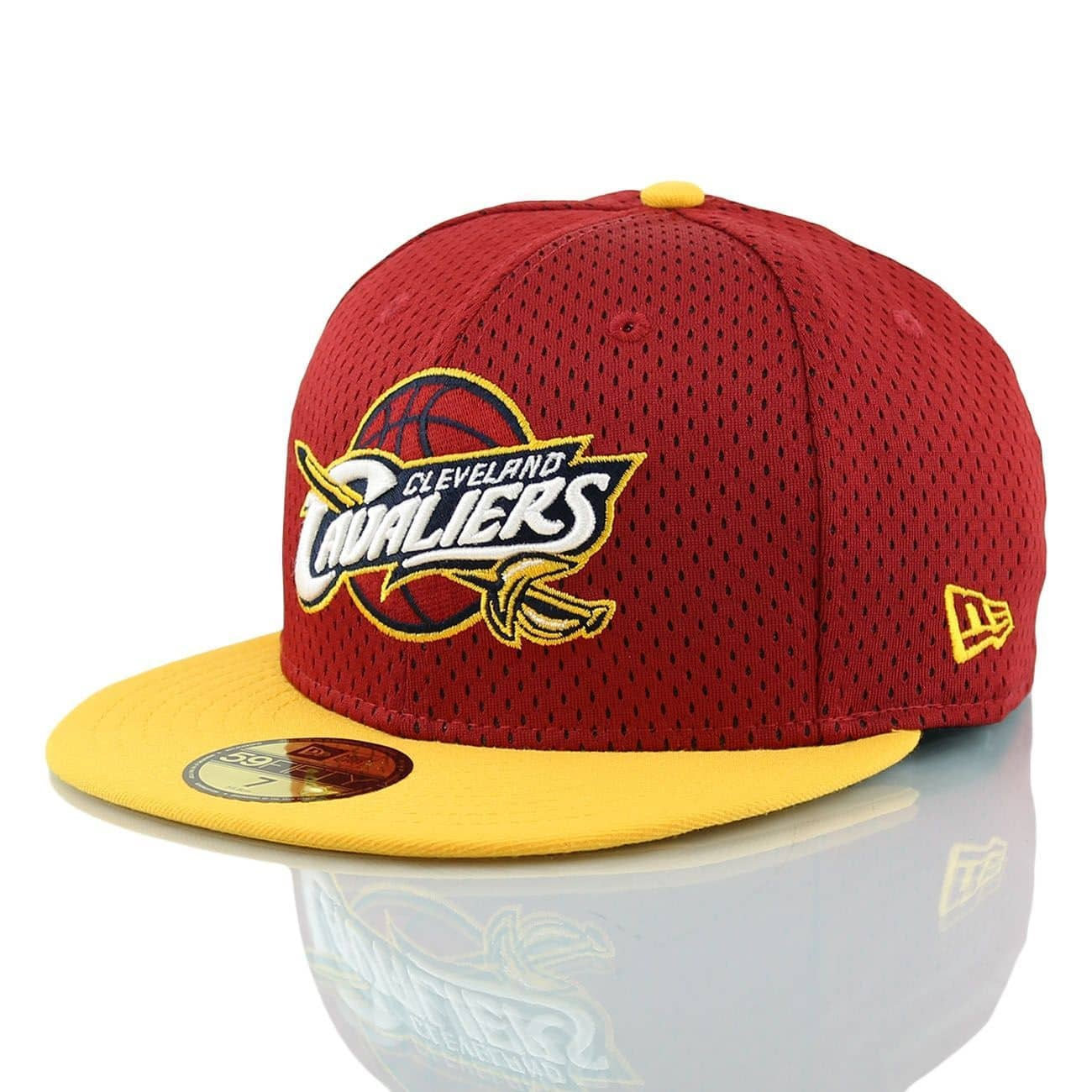7728b12d4 New Era Cleveland Cavaliers Sports Mesh 59FIFTY Fitted NBA Cap ...