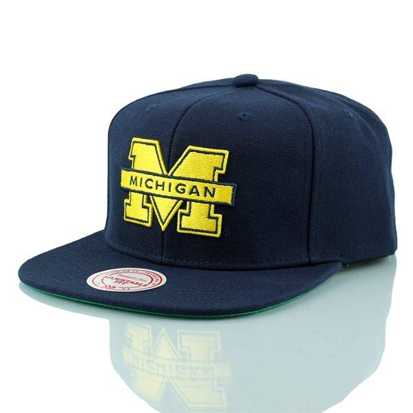 Mitchell   Ness Michigan Wolverines Wool Solid Snapback NCAA Cap ... 08e4527ed398