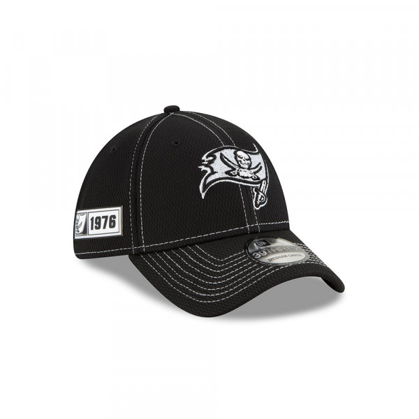 Tampa Bay Buccaneers 2019 NFL Sideline Black 39THIRTY Stretch Cap Road
