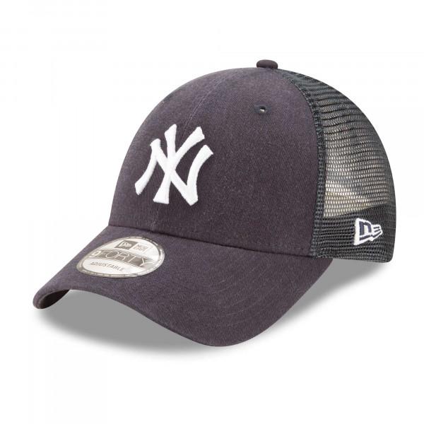 New York Yankees Basic 9FORTY Trucker MLB Cap