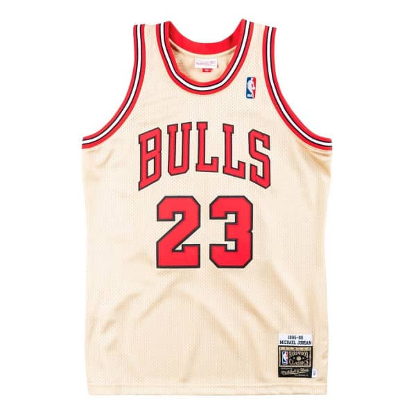 official photos 17cac f09d2 Michael Jordan  23 Chicago Bulls 1995-96 Authentic NBA Trikot Gold