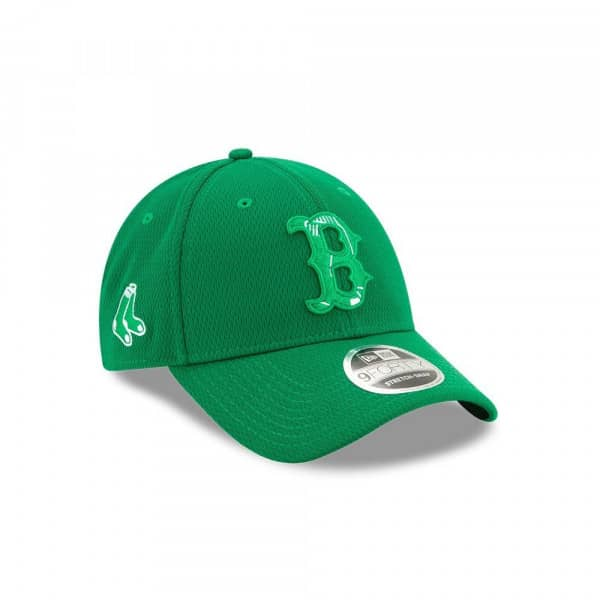 Boston Red Sox 2020 St. Patrick's Day Stretch-Snap 9FORTY MLB Cap