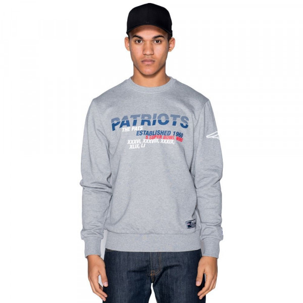 New England Patriots Super Bowl Wins NFL Crewneck Sweatshirt