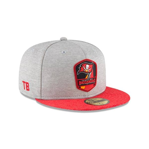 Tampa Bay Buccaneers 2018 NFL Sideline 59FIFTY Fitted Cap Road