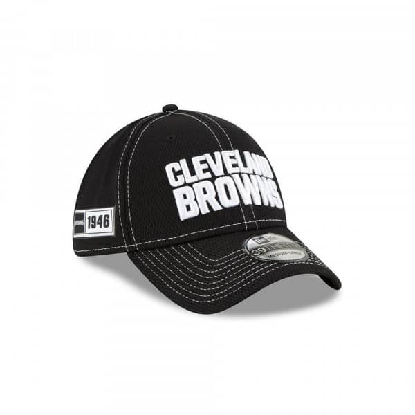 Cleveland Browns 2019 NFL Sideline Black 39THIRTY Stretch Cap Road