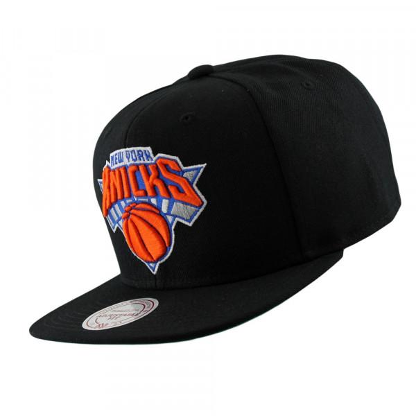 1e3e0e7f931 Mitchell   Ness New York Knicks Wool Solid Snapback NBA Cap Black ...