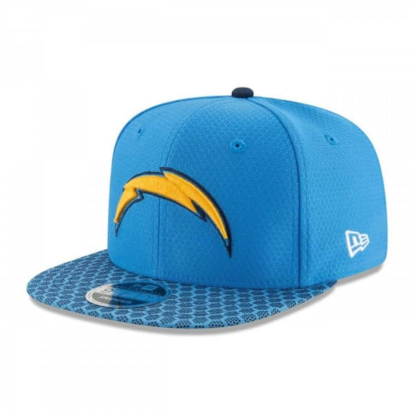 premium selection 5dfe0 c2a31 Los Angeles Chargers 2017 Sideline Snapback NFL Cap
